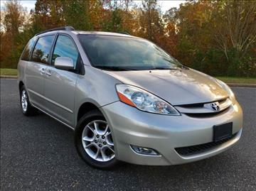 2006 Toyota Sienna for sale at ONE NATION AUTO SALE LLC in Fredericksburg VA