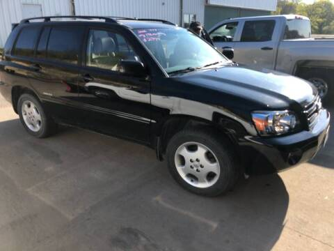 2006 Toyota Highlander Limited for sale at Gilly's Auto Sales in Rochester MN