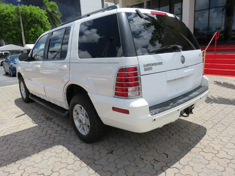 2002 MERCURY MOUNTAINEER BASE 2WD 4DR SUV white front air conditioning interior accents - alumin
