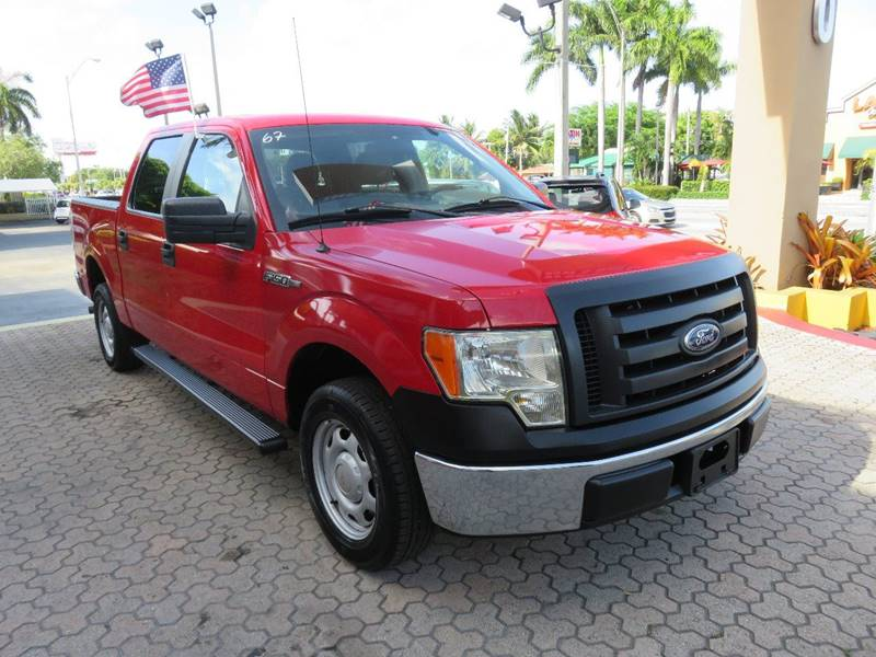 2010 FORD F-150 XL 4X2 4DR SUPERCREW STYLESIDE 5 red front bumper color - silver pickup bed ligh