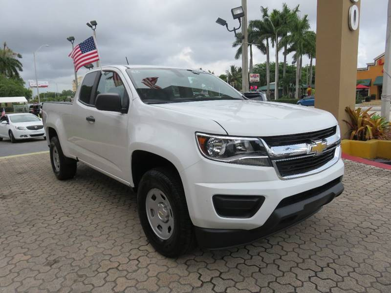 2016 CHEVROLET COLORADO WORK TRUCK 4X2 4DR EXTENDED CAB white bumper detail - rear step pickup b