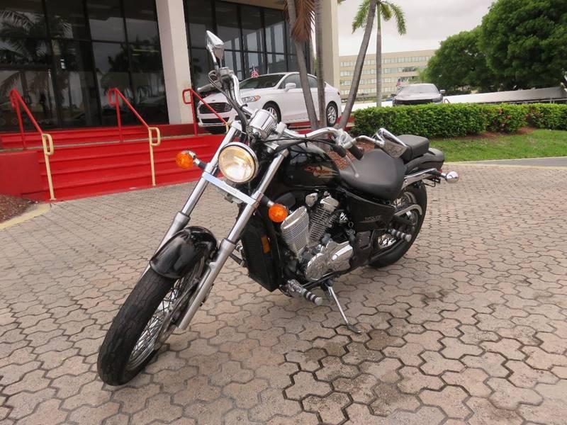 2002 HONDA VT600C black 5100 miles VIN JH2PC21382M310510