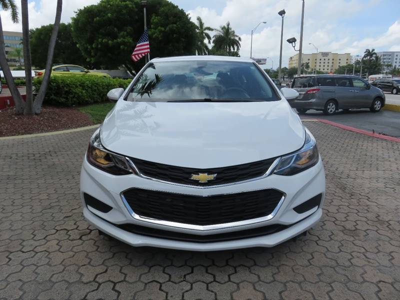 2017 CHEVROLET CRUZE LT AUTO 4DR SEDAN white door handle color - body-color front bumper color -