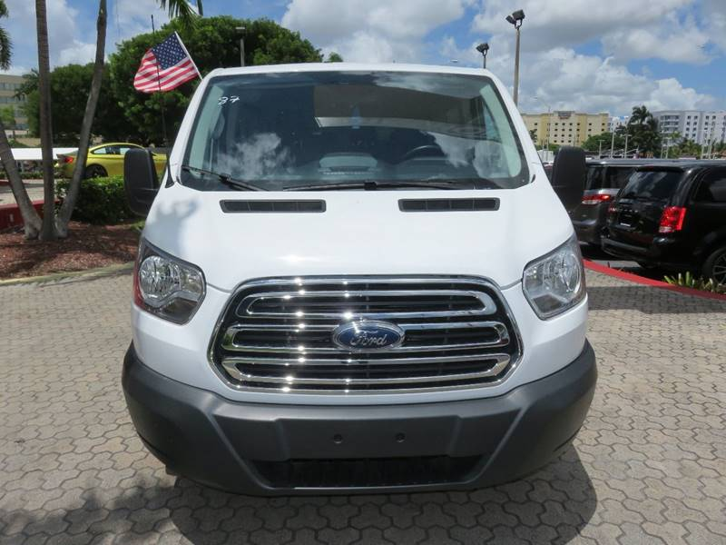 2016 FORD TRANSIT WAGON 350 XLT 3DR LWB LOW ROOF PASSENG white bumper detail - rear step headlig