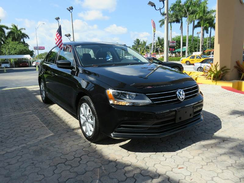 2015 VOLKSWAGEN JETTA SE PZEV 4DR SEDAN 6A black the showroom miami is a family owned first clas