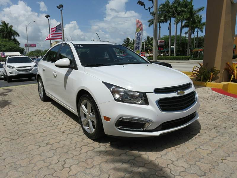 2015 CHEVROLET CRUZE 2LT AUTO 4DR SEDAN W1SH white the showroom miami is a family owned first c
