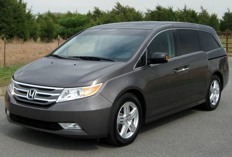 2014 HONDA ODYSSEY LX 4DR MINI VAN gray the showroom miami is a family owned first class used ca