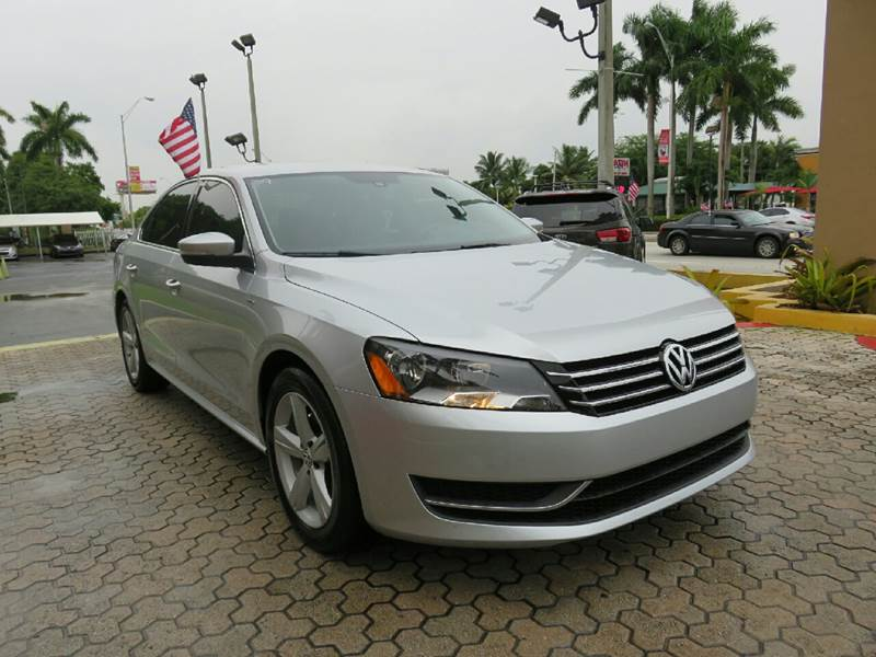 2014 VOLKSWAGEN PASSAT S PZEV 4DR SEDAN 6A I4 silver the showroom miami is a family owned first