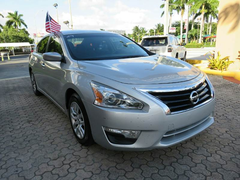2014 NISSAN ALTIMA 25 S 4DR SEDAN silver the showroom miami is a family owned first class used