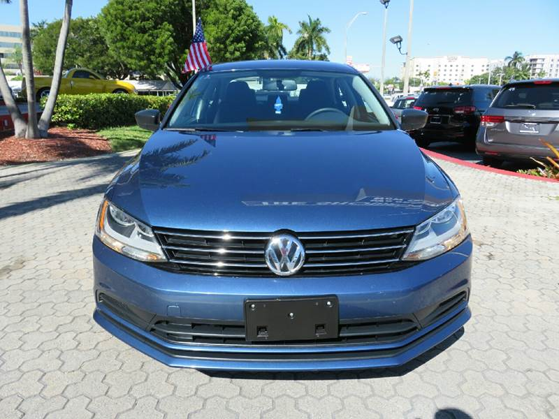 2015 VOLKSWAGEN JETTA S 4DR SEDAN 6A blue the showroom miami is a family owned first class used