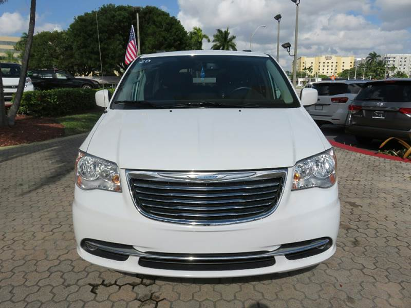 2015 CHRYSLER TOWN AND COUNTRY TOURING 4DR MINI VAN white the showroom miami is a family owned fi