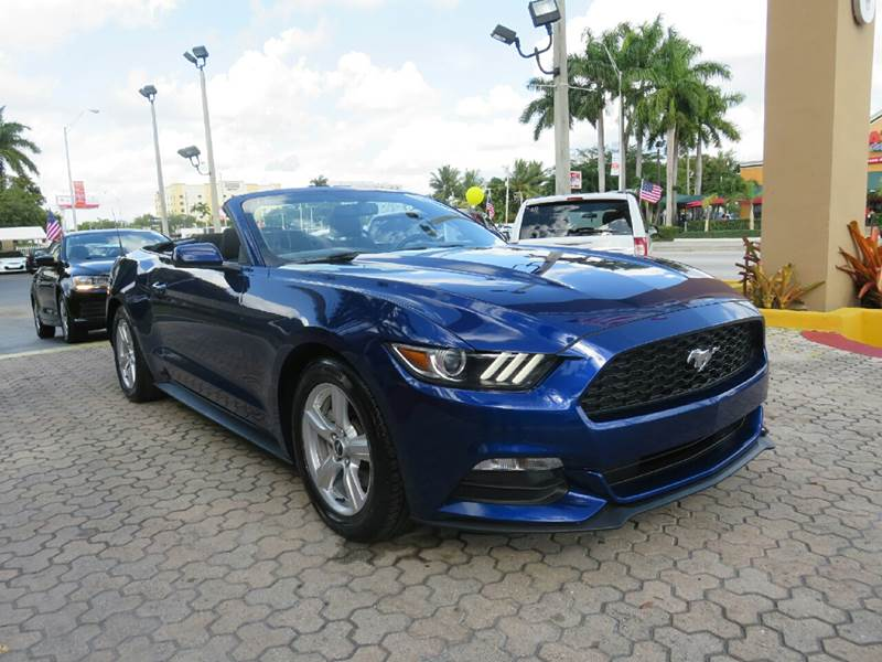 2015 FORD MUSTANG V6 2DR CONVERTIBLE blue exhaust - dual tip exhaust - integrated exhaust tip c