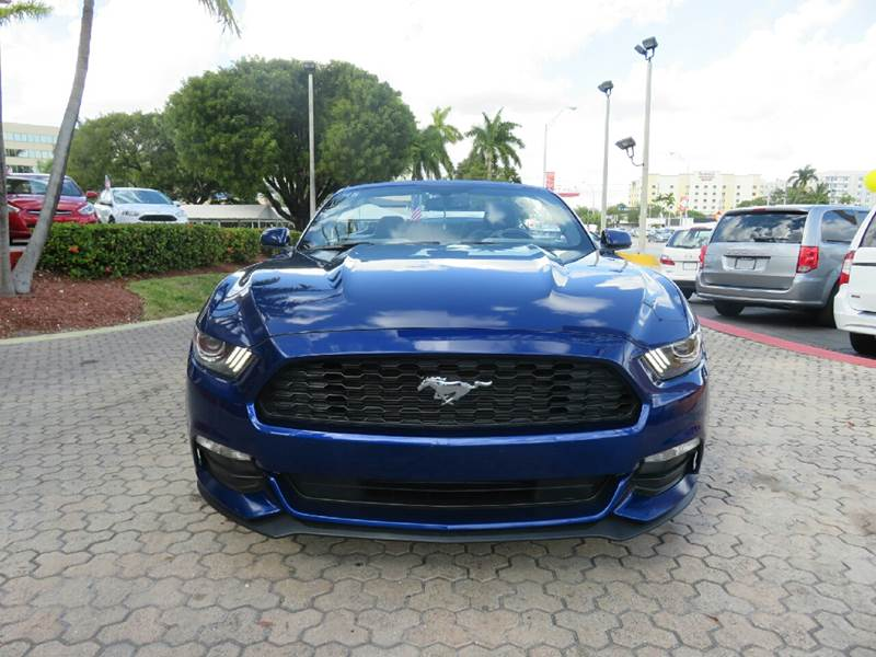 2015 ford mustang v6 2dr convertible