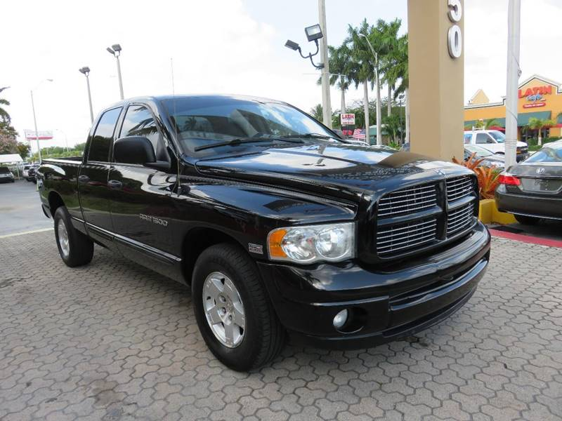 2004 DODGE RAM PICKUP 1500 SLT 4DR QUAD CAB RWD SB black front bumper color - chrome rear bumper