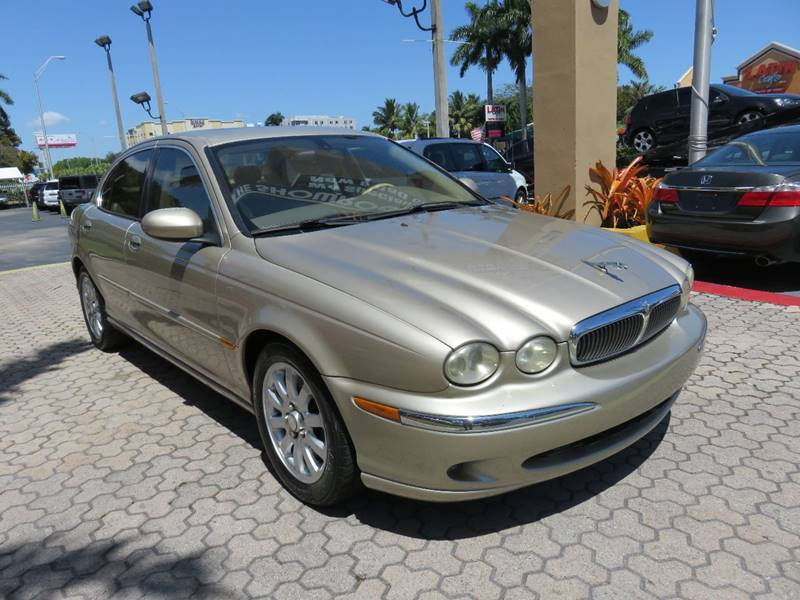 2003 JAGUAR X-TYPE 25 AWD 4DR SEDAN gold front air conditioning front air conditioning - automa