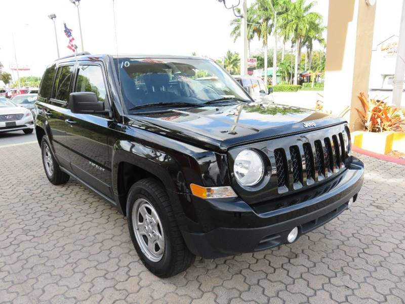 2015 JEEP PATRIOT SPORT 4DR SUV black cargo tie downs door handle color - black front bumper co