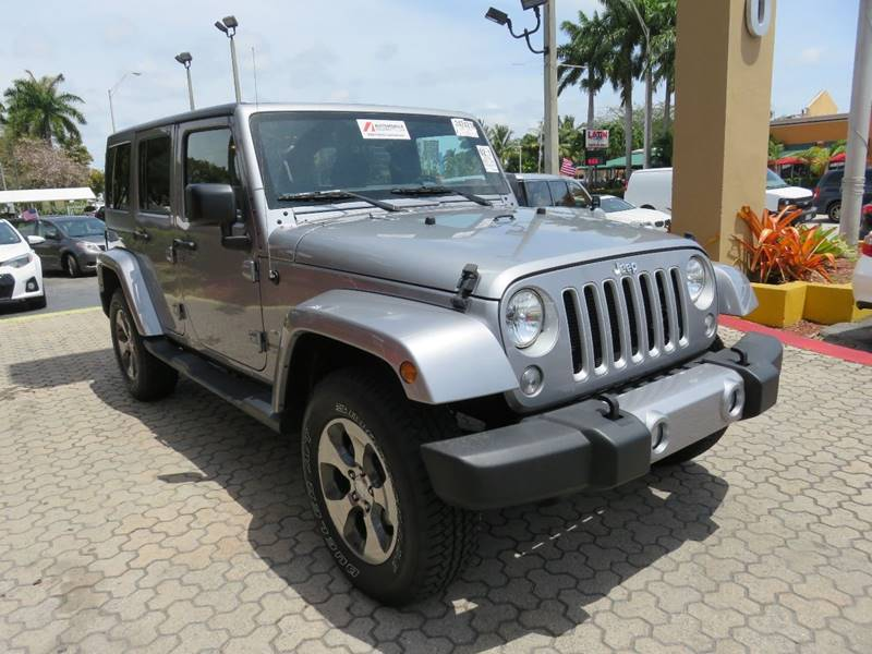 2016 JEEP WRANGLER UNLIMITED SAHARA 4X4 4DR SUV gray 2-stage unlocking doors 4wd selector - manu