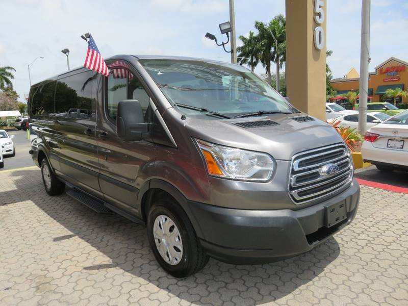 2015 FORD TRANSIT WAGON 350 XLT 3DR LWB LOW ROOF PASSENG gray headlight bezel color - chrome bod