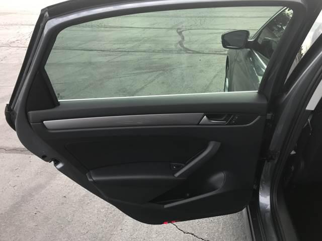 2015 Volkswagen Passat S 4dr Sedan 6A - Columbus OH