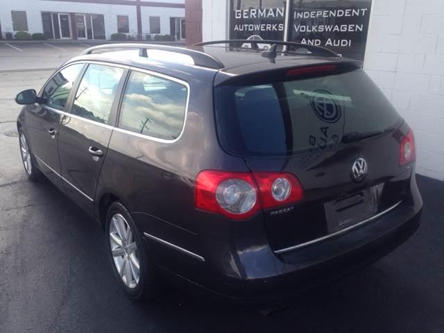 2007 Volkswagen Passat 2.0T 4dr Wagon (2L I4 6A) In ...
