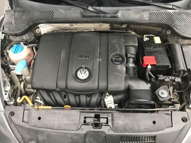 2012 Volkswagen Beetle 2.5L PZEV 2dr Hatchback 6A - Columbus OH