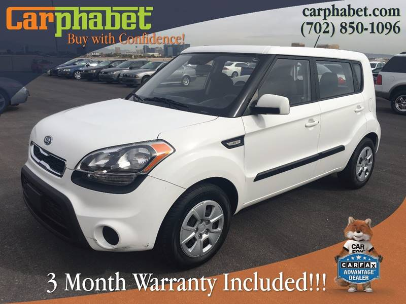 2012 KIA SOUL BASE 4DR WAGON 6M white our low mileage 2012 kia soul  is a hot looking and in dema