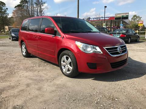 2010 Volkswagen Routan for sale in Waldo, FL