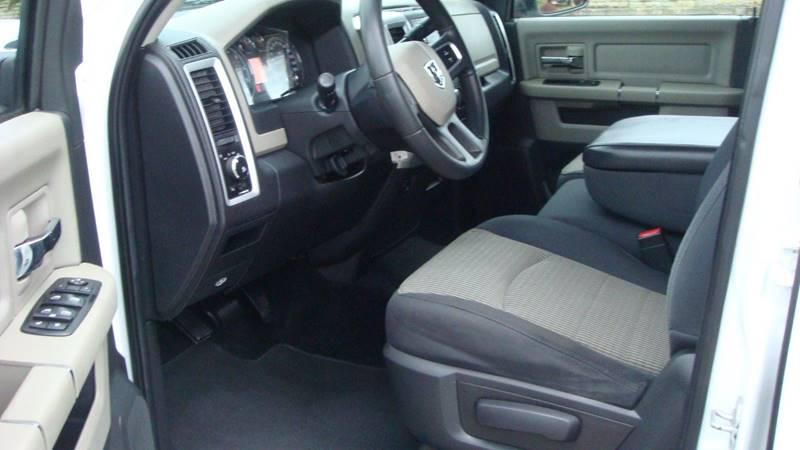 2010 Dodge Ram Pickup 1500 4x4 TRX4 Off Road 4dr Crew Cab 5.5 ft. SB Pickup - Marietta OH