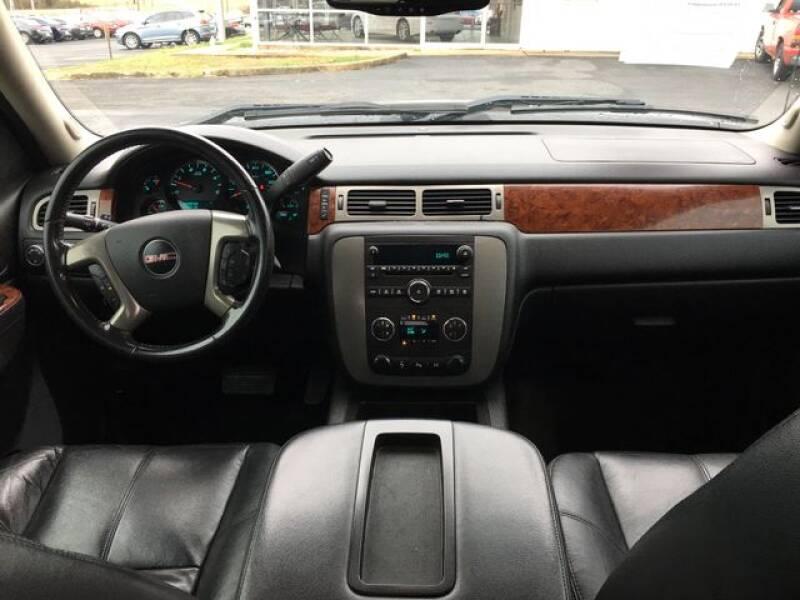 2012 GMC Sierra 3500HD (image 7)