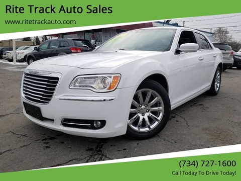 2014 Chrysler 300 for sale in Wayne, MI