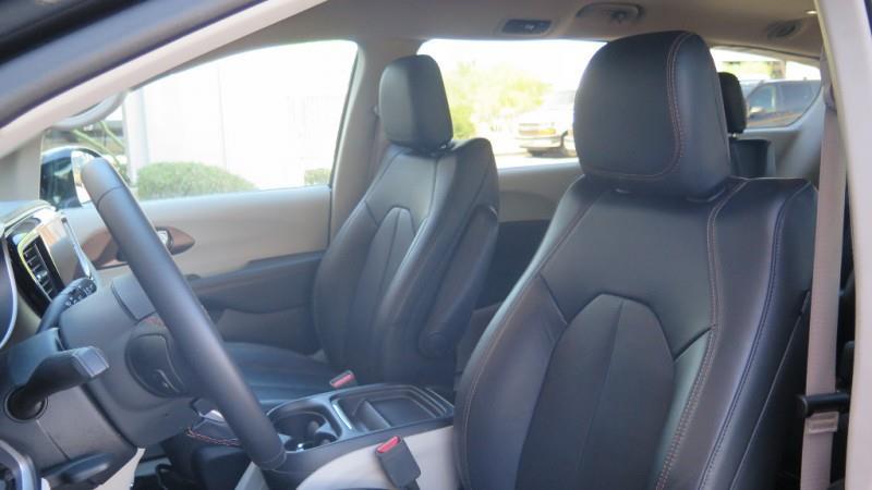 2017 Chrysler Pacifica Touring-L 4dr Mini-Van - Chandler AZ