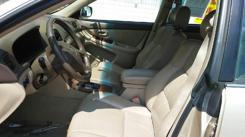 1999 Lexus ES 300 4dr Sedan - Douglasville GA