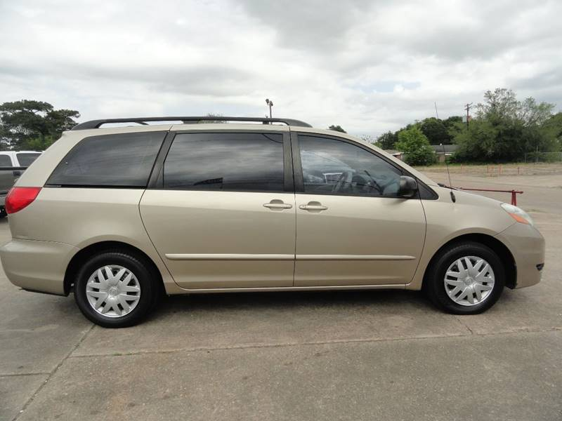 2007 Toyota Sienna CE 7-Passenger 4dr Mini-Van - Lake Charles LA