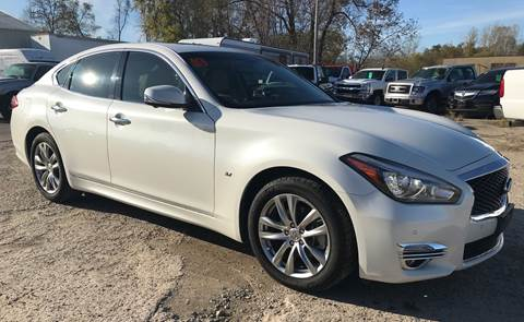 2019 Infiniti Q70 for sale in Weyauwega, WI