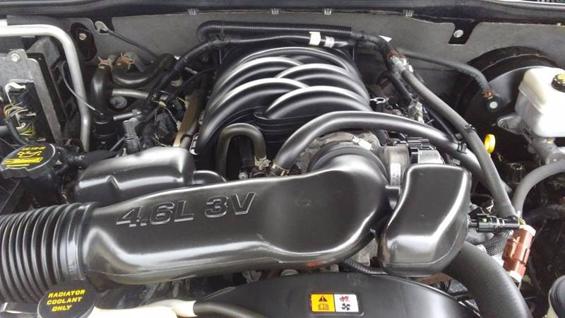 2008 Ford Explorer 4x4 XLT 4dr SUV (V8) - Berlin NJ