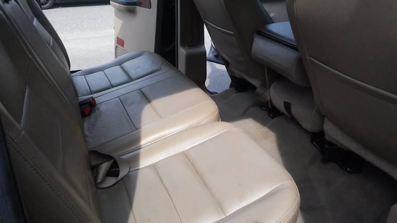 2005 Ford F-250 Super Duty 4dr Crew Cab Lariat 4WD LB - Berlin NJ
