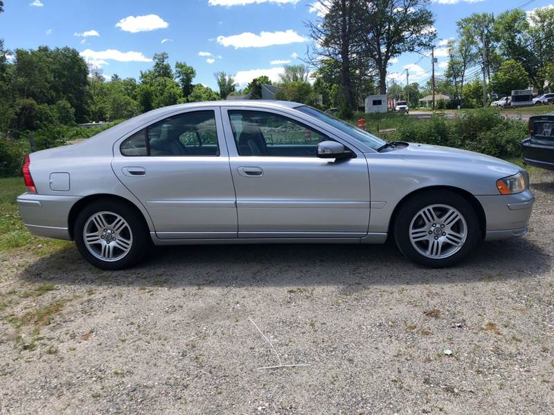 2007 Volvo S60 for sale at East Acres RV 4279 in Mendon MA
