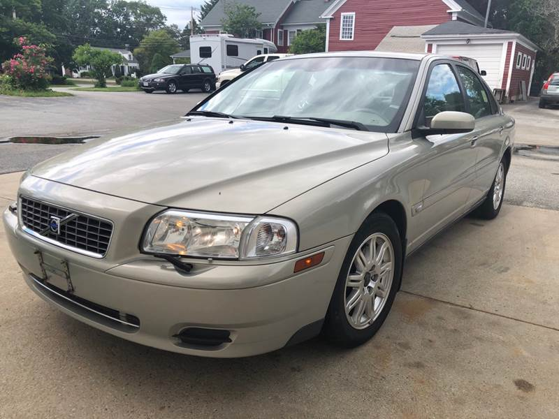 2004 Volvo S80 for sale at East Acres RV 4279 in Mendon MA