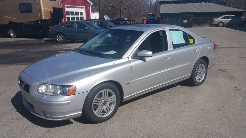 2005 Volvo S60 for sale at East Acres RV 4279 in Mendon MA
