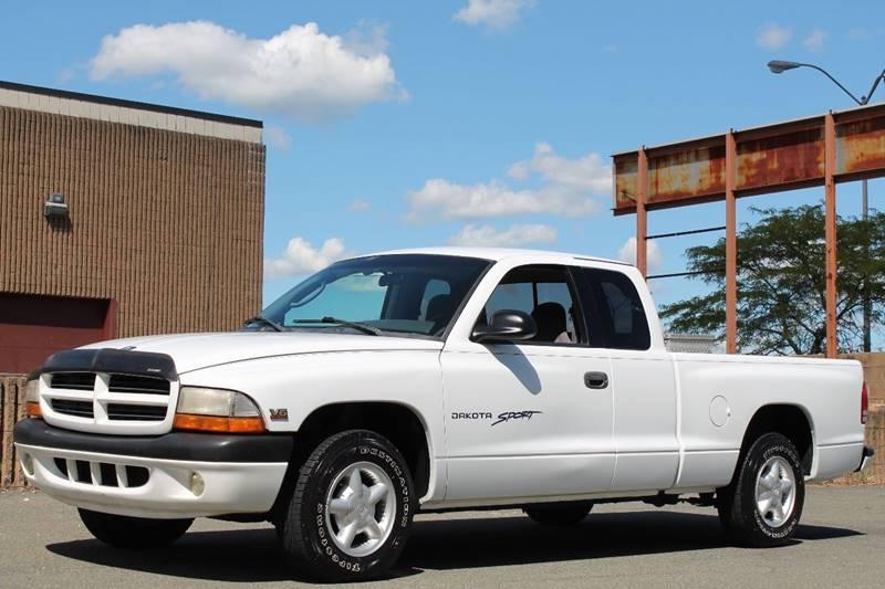 2000 dodge dakota used dodge dakota for sale in rensselaer new york lunny 39 s auto. Black Bedroom Furniture Sets. Home Design Ideas
