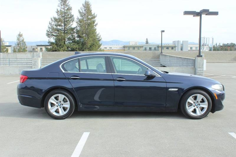 2011 BMW 5 SERIES 528I 4DR SEDAN