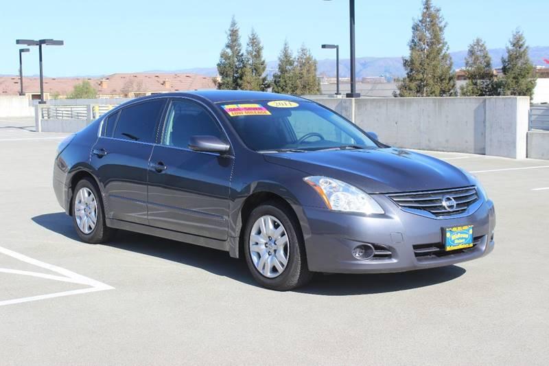 2011 NISSAN ALTIMA 25 S 4DR SEDAN gray exhaust - dual tip door handle color - body-color exhau