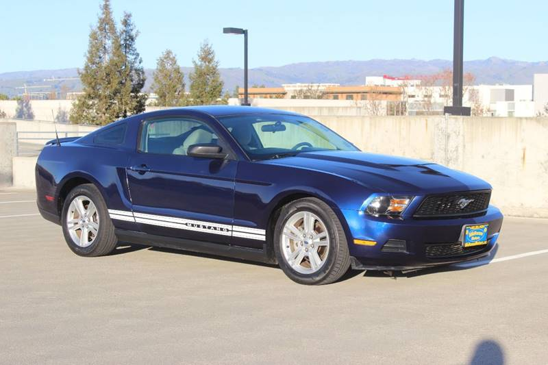 2010 FORD MUSTANG V6 2DR FASTBACK blue exhaust tip color - stainless-steel mirror color - black