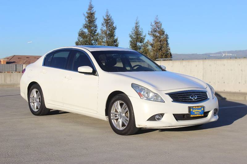 2011 INFINITI G37 SEDAN JOURNEY 4DR SEDAN white exhaust - dual tip door handle color - body-colo