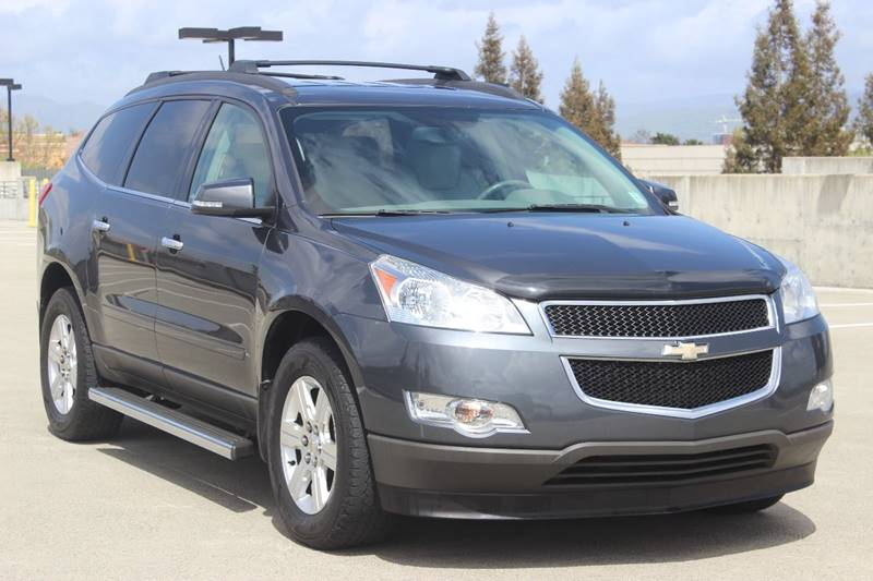 2012 CHEVROLET TRAVERSE LT 4DR SUV W 2LT gray body side moldings - body-color door handle color