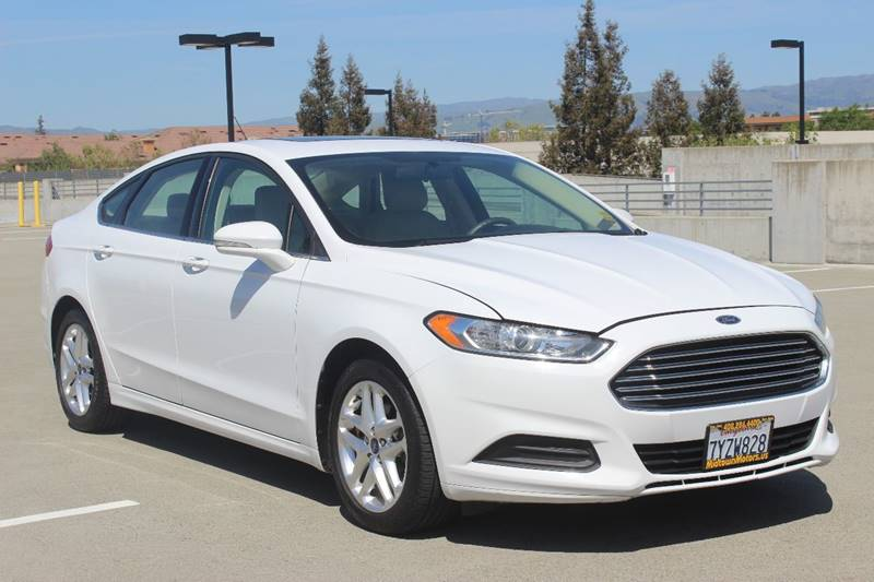 2013 FORD FUSION SE 4DR SEDAN white door handle color - body-color front bumper color - body-col