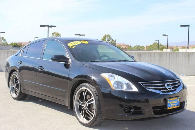 2011 NISSAN ALTIMA 25 S 4DR SEDAN black exhaust - dual tip door handle color - body-color exha