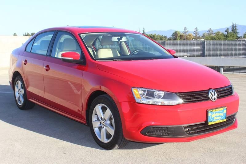 2011 VOLKSWAGEN JETTA TDI 4DR SEDAN 6A red exhaust - dual tip door handle color - body-color fr