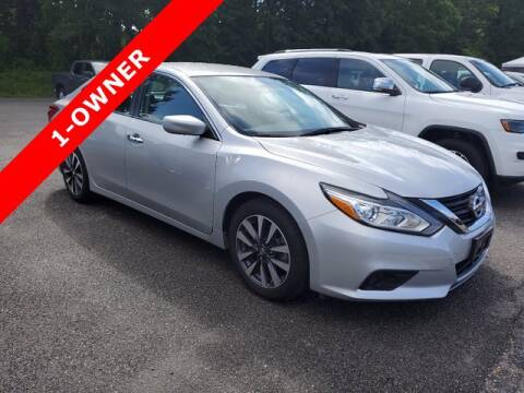 2017 Nissan Altima for sale at Strosnider Chevrolet in Hopewell VA