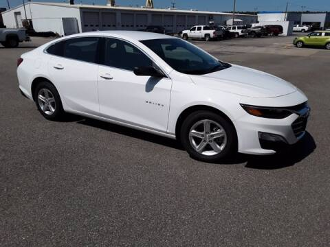 2020 Chevrolet Malibu for sale at Strosnider Chevrolet in Hopewell VA